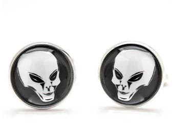 Alien Cufflinks - Extraterrestrial Cufflinks - Sci-Fi Cufflinks - Space Jewelry - Birthday Gift for Guys - Cool and Unique Gifts for Men