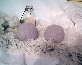 Blackberry Fizz Bath Bomb, Bath Fizzy, Fizzies, Bath Bombs, Blackberry, Fruity Bath Bombs, Fresh Made