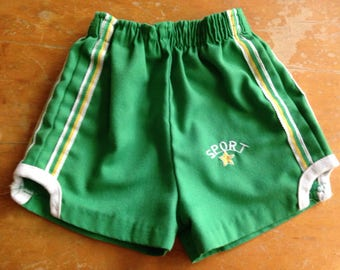 vintage healthtex short shorts green yellow striped sport size 2-3 years