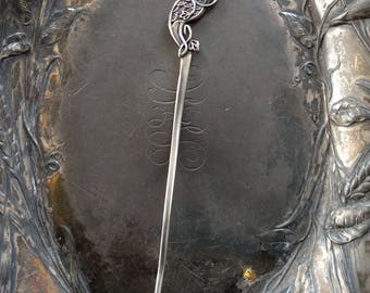 Shawl Stick Pin Apus Celtic Bird of Paradise