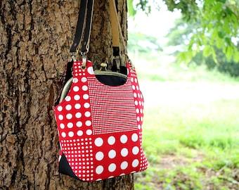 Shoulder bag / Metal frame bag with leather straps