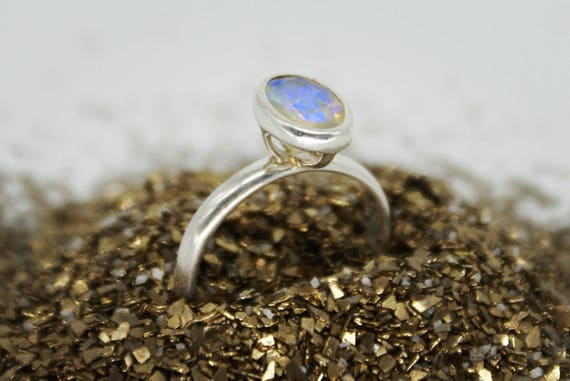 Opal ring - sterling silver