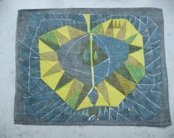 Vintage Swedish printed linen placemats - Apple in cross section - 1960s
