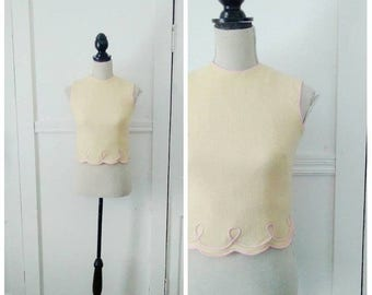 20% OFF / The Carousel 1950s Cream & Pink Blouse with Scalloped/Loop Trim Detail