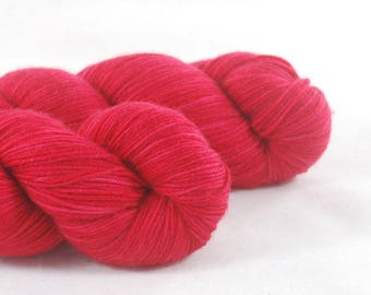 "Merino DK  Superwash Yarn Hand Dyed ""Vendetta"""