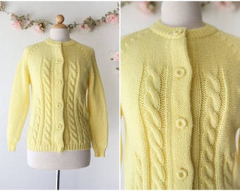 Pastel Yellow Button Up Cardigan - Vintage 1960's Spring Cardigan - Cute Hand-loomed Yellow Sweater - Size Medium