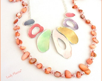 Bib necklace, pastel colors and long pink/Nude - brushed metal Pearl, Crystal and metal