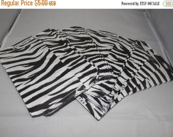 On Sale 100 Size 5x7 Zebra Print Paper Merchandise Black and White Gift favor Bags