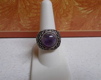 Stunning Retro Style Ring-Amethyst-R707-size 8 1/2