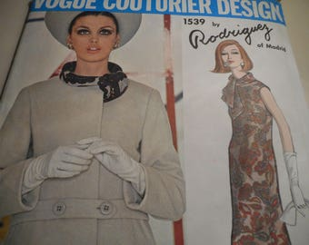 Vintage 1960's Vogue 1539 Couturier Design Rodriguez Dress and Coat Sewing Pattern Size 12 Bust 32