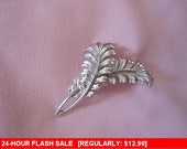 Monet silver tone feather brooch, vintage pin brooch, estate jewelry