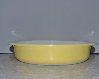 Pyrex Desert Dawn Yellow Bakeware ~ Pyrex Cake Pan