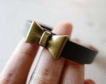 Bow tie Bracelet Brown leather