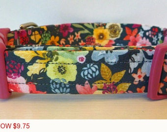 "Sale - 50% Off - Girl Dog Collar - Multi Floral Dog Collar ""Hildie"" - Free Colored Buckles"