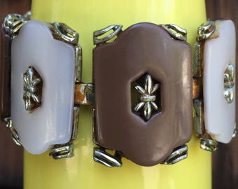 Coro signed link bracelet, chocolate brown and taupe Thermoset or lucite links with metal starburst centers, 1950's