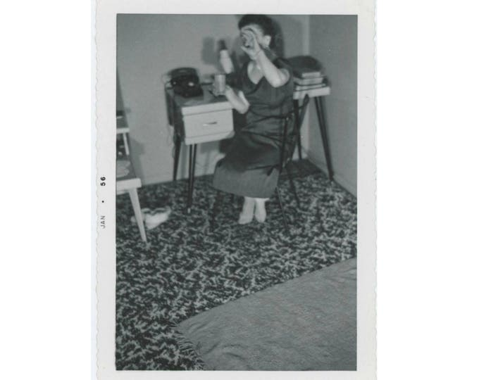 Unwilling Subject, 1956: Vintage Snapshot Photo (77593)