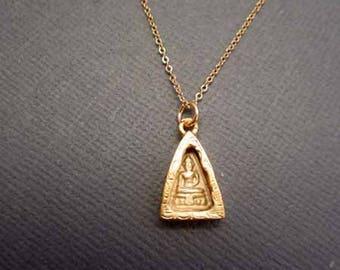 Gold Buddha Necklace, Meditating Buddha pendant necklace, buddhist jewelry, Spiritual jewelry, yoga Jewelry, Meditation Jewelry, Muse411