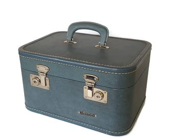 Vintage Monarch Blue Train Case Suitcase Carry-On Curved Burlesque Case Art Case Retro Travel Hardside Valise Cosmetic Make-Up Case