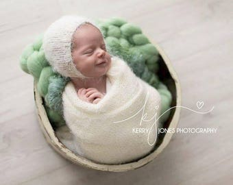 Newborn Wrap and Bonnet Set, Feather Soft, Baby Wrap, Basket Stuffer, Furry Layer, Newborn Photography Prop, Neutral colours, UK seller