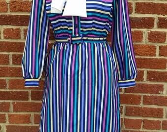 Vintage 1970s 80s Secretary Dress // Shirt Dress // Librarian
