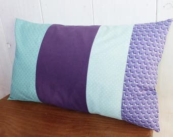 Cushion cover 50 x 30 cm patchwork of purple fabric, plain and geometric, green almond and Mint scales and polka dots.
