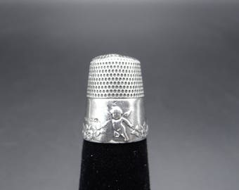 1905 Antique  Simon Bros Cupid Sterling Silver Thimble