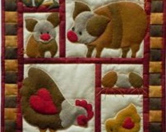 SALE PRICE: Miniature Rachel of Greenfield Quilt Kit - Ham & Eggs 13in X 15in - Free UK Postage.