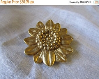 Xmas in July Sale Sunflower Brooch, Gold Tone, Large, Satin Finish, Vintage Item,Gift for Gardener, Bridal Bouquet, Sweater, Lapel, Scarf