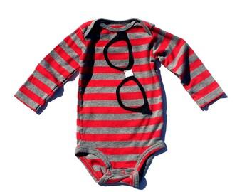 Ready To Ship//Geek Glasses//Baby Boy// Nerd// Appliqued Bodysuit//Size 9 Months