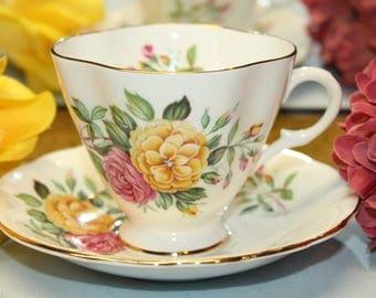 "Windsor Bone China Teacup and Saucer Set ""Carnations"""
