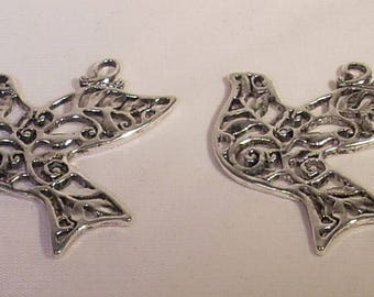Set of 2 filigree silver-plated 35x33mm charms