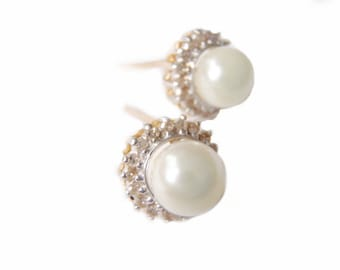 Pearl Diamond Earrings - 14k Gold - Two Tone - Diamonds 5mm Pearls - Bridal Jewelry - Vintage 1980s - Bride Pearls - Estate Jewelry