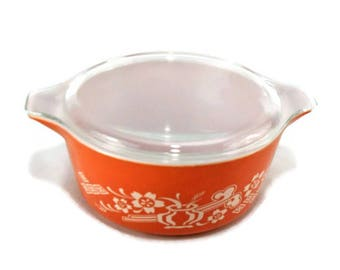 Vintage 1978 Dynasty 475 Round Casserole with Lid * Promotional 'Designer Collection' Pyrex
