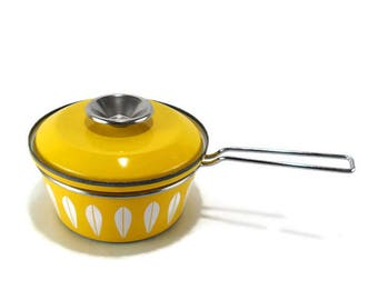 Vintage 1-Quart Cathrineholm Yellow Lotus Saucepan