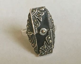 vintage onyx and marcasite sterling ring, size 8