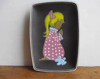 Vintage Made in Norway Little Girl at Bedtime Prayers Wall Plaque