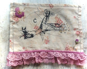 "Floral ""Keno Animal Tracks"" print with rose lace"