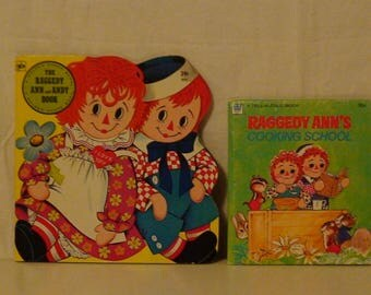 Lot of 2 Vintage Raggedy Ann and Andy Books!  Cooking School!