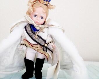 """Madam Alexander Alice in Wonderland """"White King"""""""