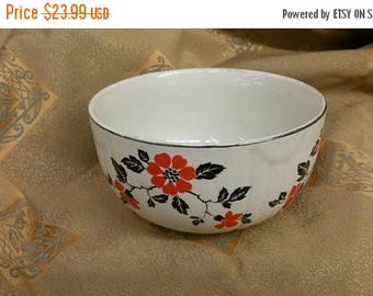 On Sale Hall's Superior Quality Kitchenware 6 inch Radiance Mixing or Serving Bowl with Red Poppy Pale Yellow with Silver Trim