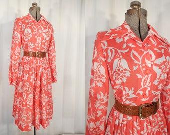 Vintage 1970s Dress - 70s Red Floral Dress, Large Plus Size Dress, Hippie Boho Dress with Matching Belt, Novelty Print Dress