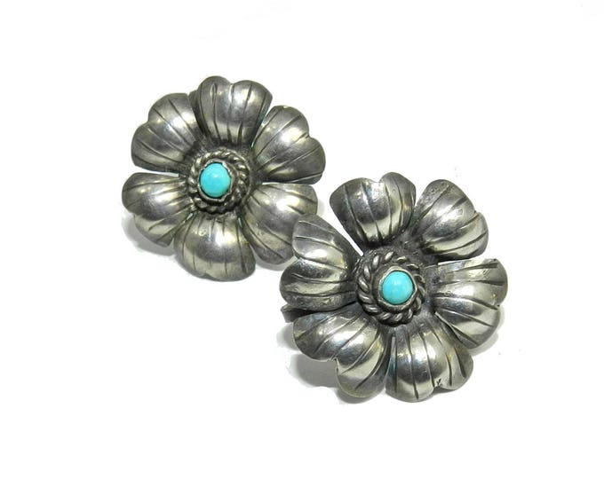 Vintage 925 Sterling silver turquoise screw back earrings mexico navajo ladies womens jewelry jewellery gift guide floral design