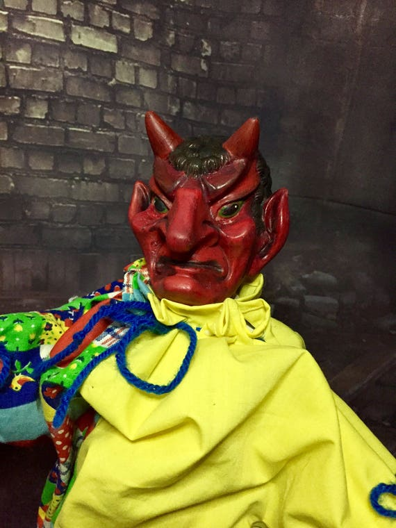 "Lucifer Loves Tricks & Treats Original Undead Musical ""send in the clowns"" Wind Up Costume Clown Moving Legend Biohazard Baby"