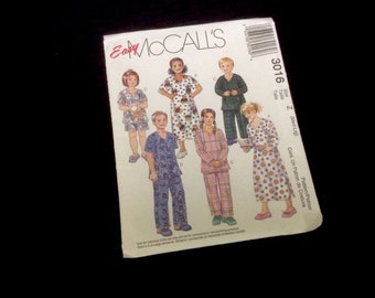 Easy McCall's Pattern #3016 Size Z (med - Lrg) Nightshirt Top Pants Shorts