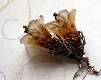 "Lucite Flower Earrings, ""Nutmeg"", Brown Flower Earrings, Drop Earrings, Dangle Earrings, Vintage Style Earrings, Boho Earrings, Beige"