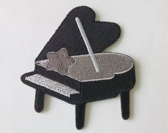"""Grand Piano Iron on Patch (3 1/8"""" x  3 3/8"""")"""