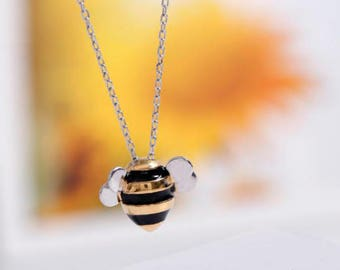 Sterling Silver Bee Pendant & Chain