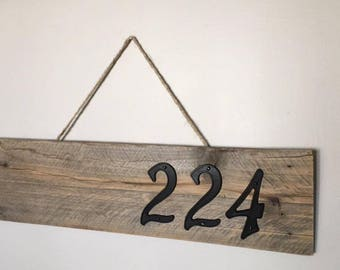 House Number Hanging Pallet Sign (House Numbers Included)