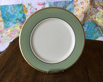 """Classic Heritage Green dinner plate, 10 1/2"""", gold edge and rim"""