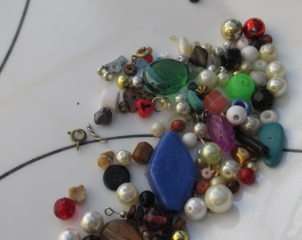 Lot Of Salvaged Beads Pendants Cabochon